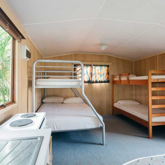 http://www.pakiriholidaypark.co.nz/wp-content/uploads/2016/12/Self-Cabin-9-540x540.jpg