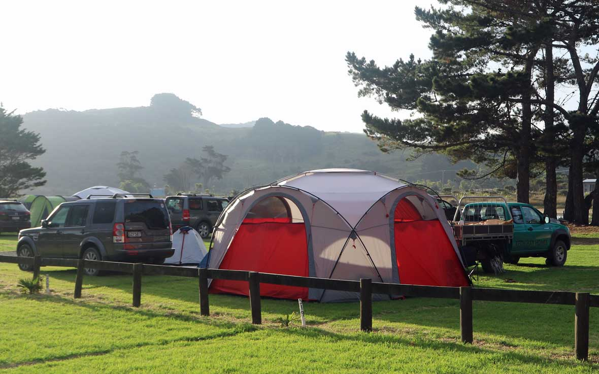 http://www.pakiriholidaypark.co.nz/wp-content/uploads/2016/12/Tent-6.jpg